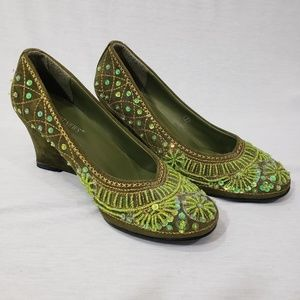 EUC Newport News green embellished wedge shoes